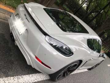 car2_R.jpg