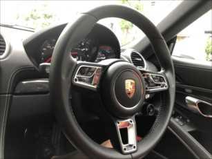 car4_R.jpg
